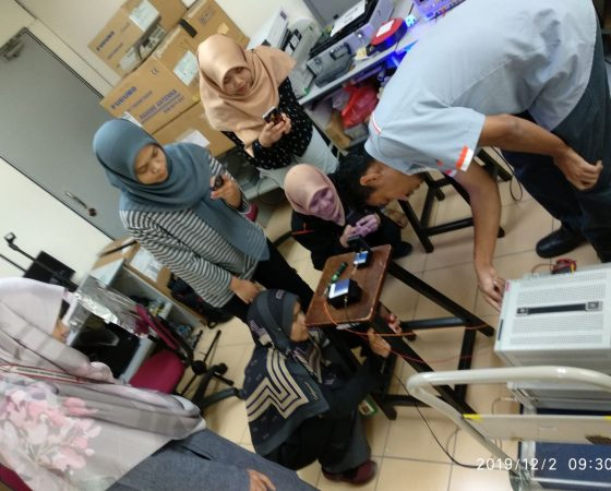 Demonstration of the VLC project for Prof. Madya Dr. Siti Barirah bt. Ahmad Anas